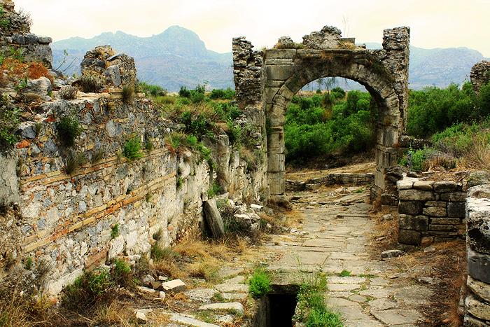 Аспендос, акведук