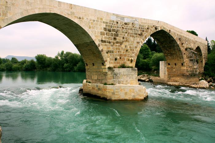 Мост в Аспендос