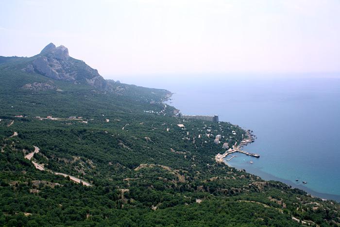 Вид со смотровой на Ласпи