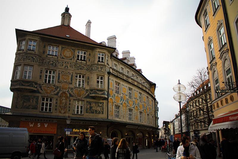 типичная архитектура Мюнхена