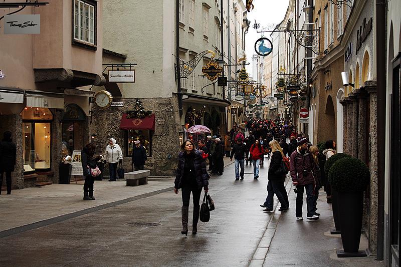 центральная улица Зальбурга (Salzburg)