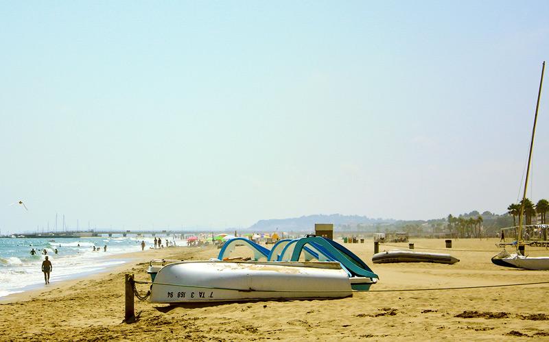 Фото: пляж где-то между Барселоной и Валенсией
