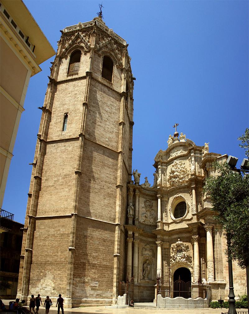 Собор в центре Валенсии
