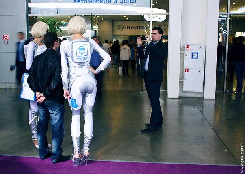 Промо-герлз на ММАС 2012