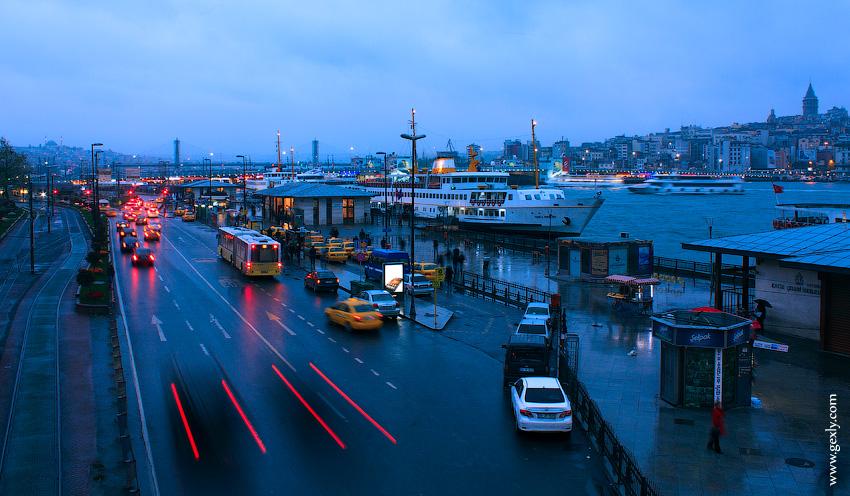 Вечернее море в Стамбуле